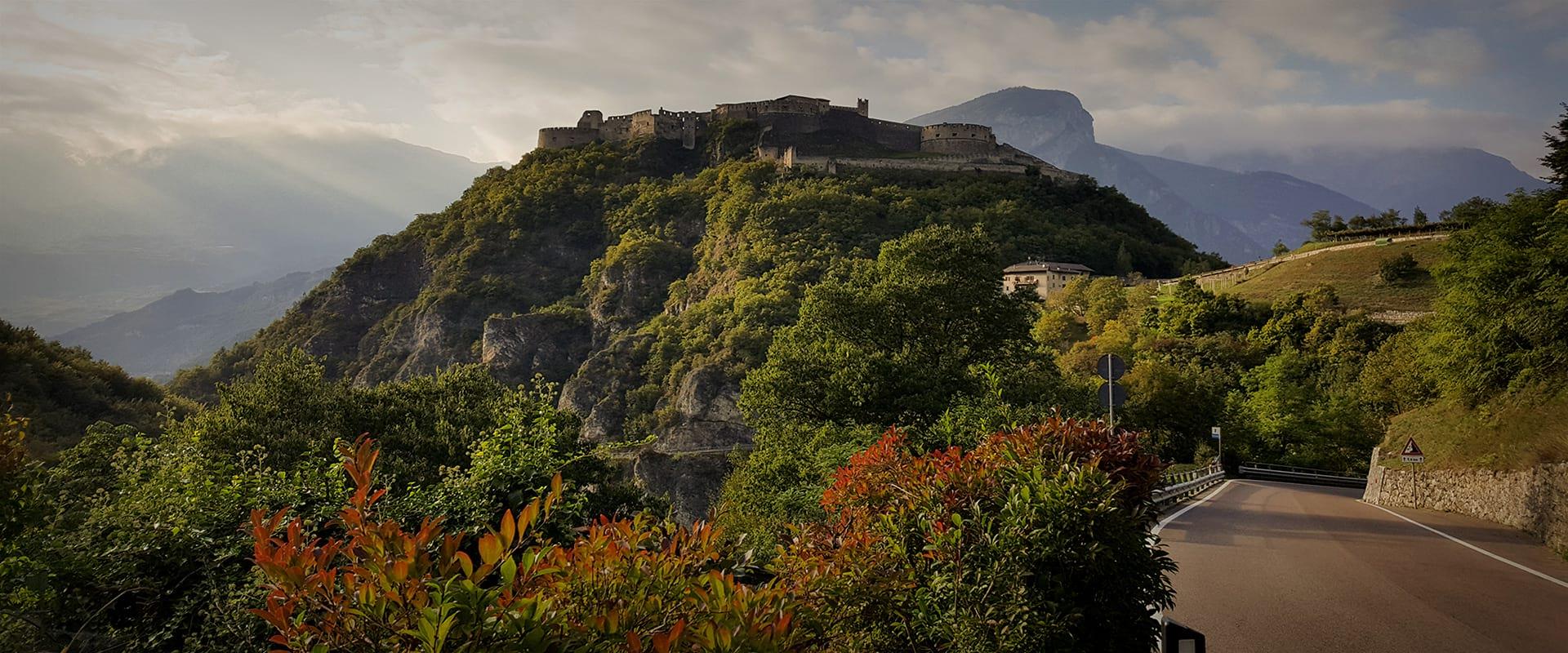 Cycling Adventures Radurlaub Castello Burg von Beseno